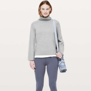 Lululemon city trek turtleneck gray 4